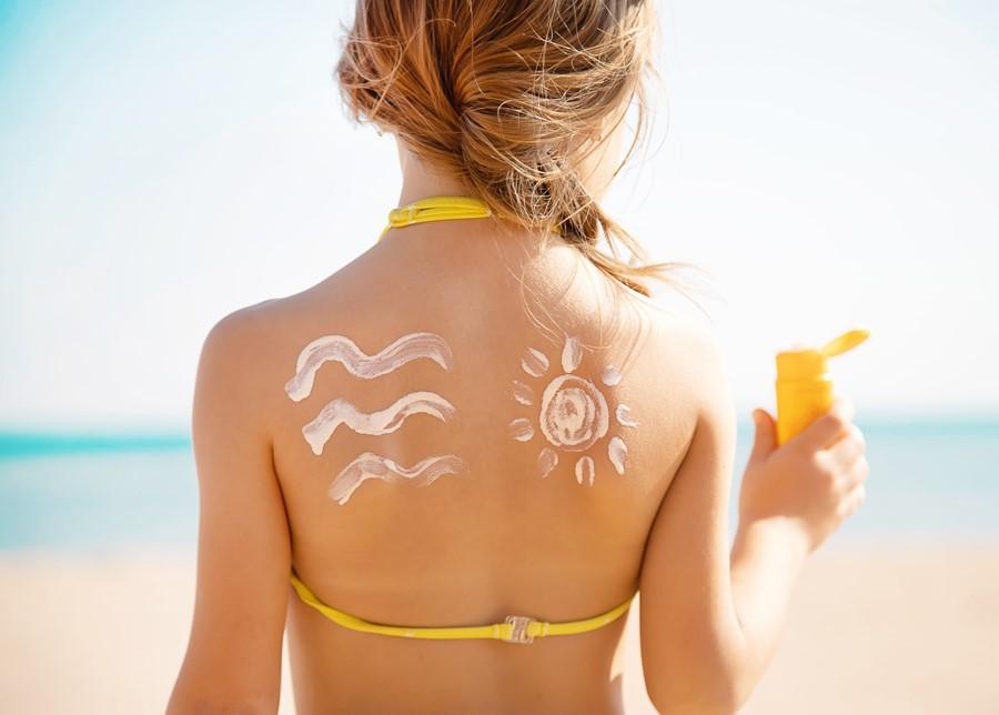 """1 Teaspoon Per Limb"" of Sunscreen"