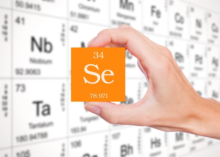 Selenium deficiency accelerates the aging process